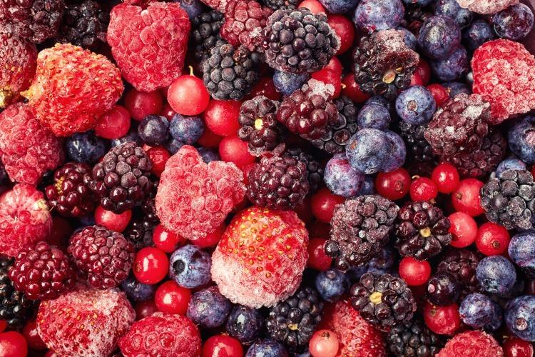 Frozen berry medley