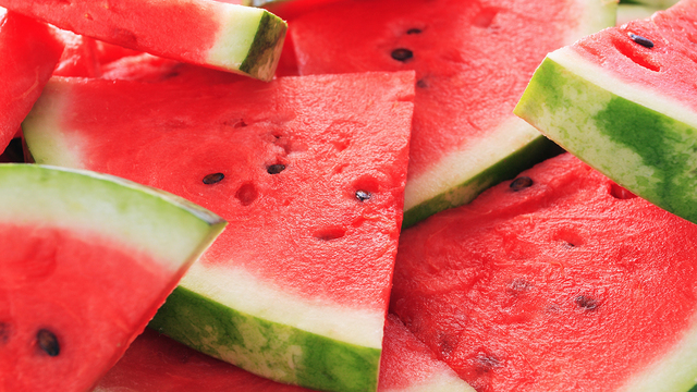 Pre-cut fruit Salmonella outbreak hits Washington, Oregon