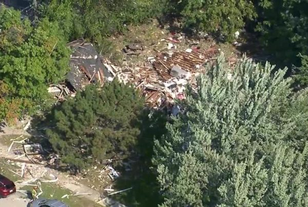Harper Woods home explosion injures 3