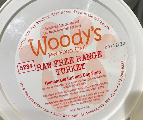Raw pet food linked to human Salmonella illness