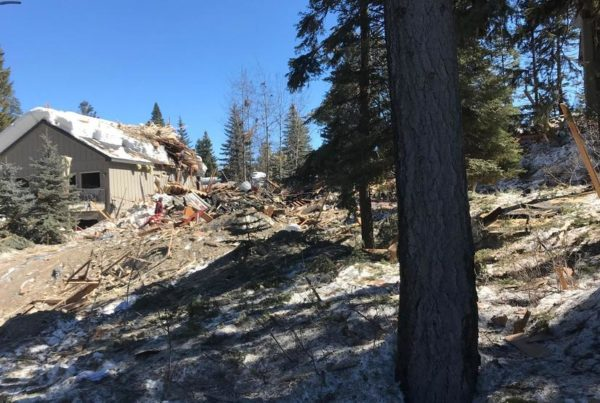 Breckenridge home explosion injures two; house destroyed