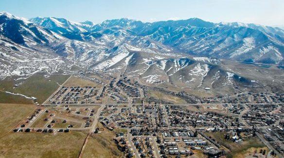 Utah propane explosion hospitalizes man