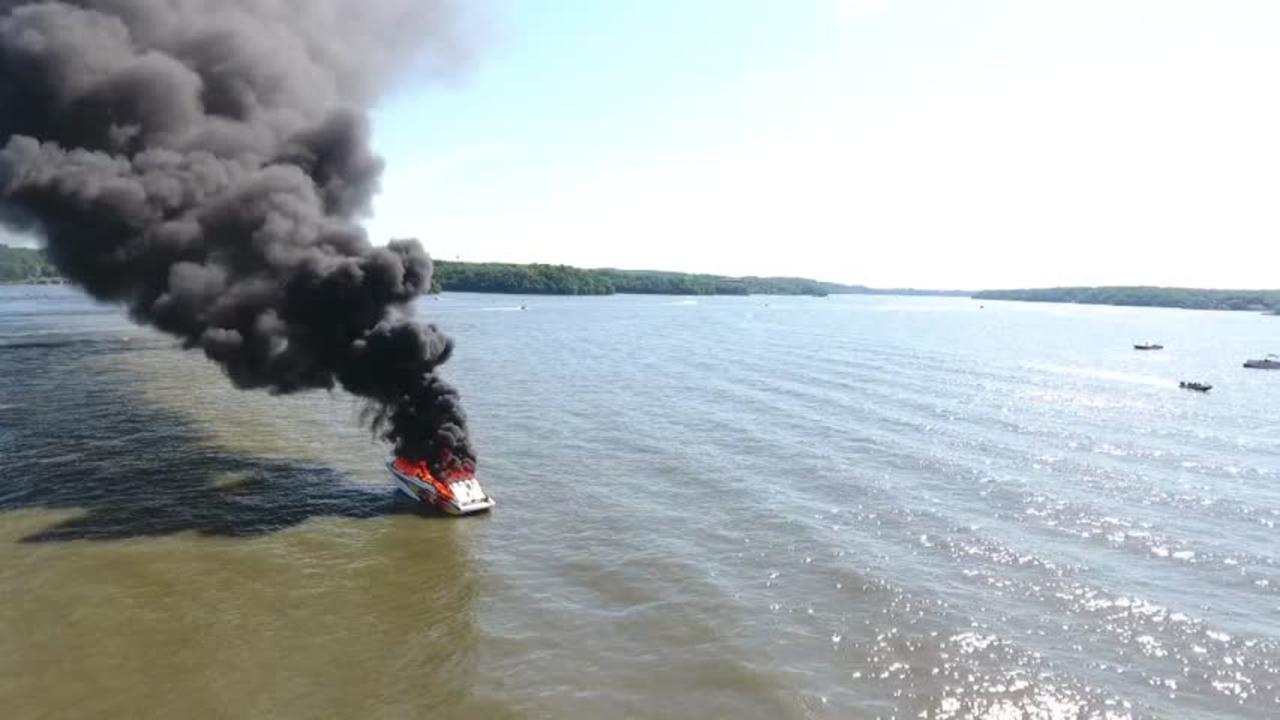 Missouri boat explosion injures five