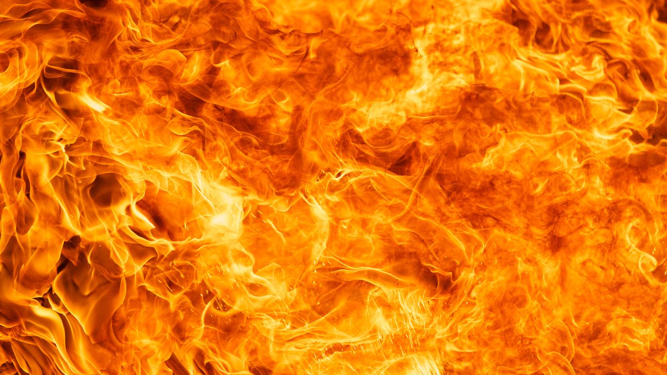 Wyoming oilfield explosions injure three workers