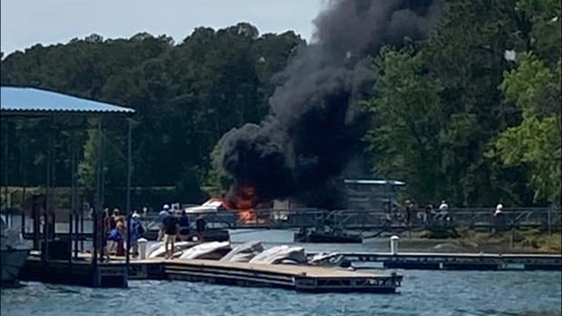 Two teenagers among injured in Georgia boat explosion